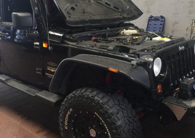 Motor Getriebe Reparatur Werkstatt Instandsetzung Autowerk Herford Jeep